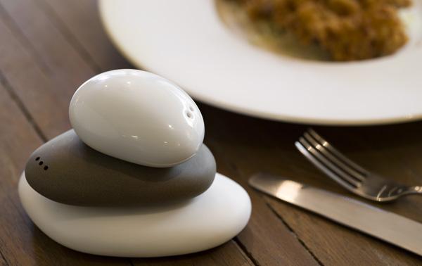 Balance Salt & Pepper Shaker