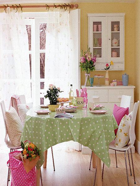 polka dot tablecloth, πουά τραπεζομάντηλο, τραπεζομάντηλο κουζίνας