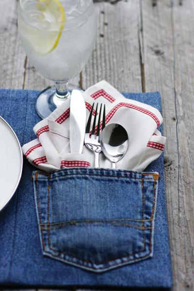 tableart jeans table setting Το τραπέζι φοράει τζιν
