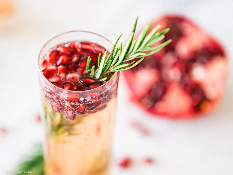 tableart_cocktail-sampanias-me-rodi-kai-dentrolivano