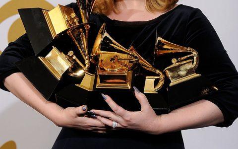 Δώρα αξίας $30.000 περιέχουν οι τσάντες των Grammys