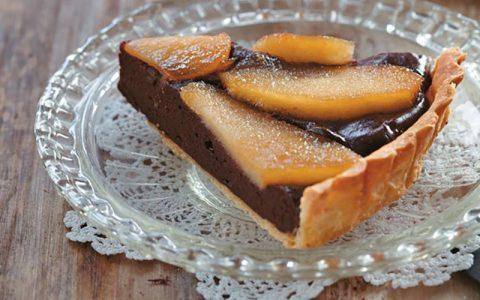 Τάρτα με κρέμα σοκολάτας και καραμελωμένα μήλα