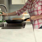 Tips περιποίησης για τα αντικολλητικά σκεύη