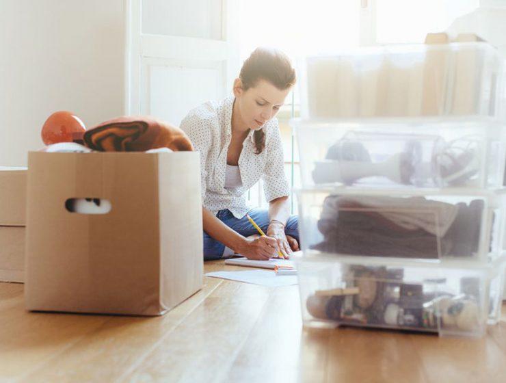 5 τρόποι αποθήκευσης με πλαστικά κουτιά